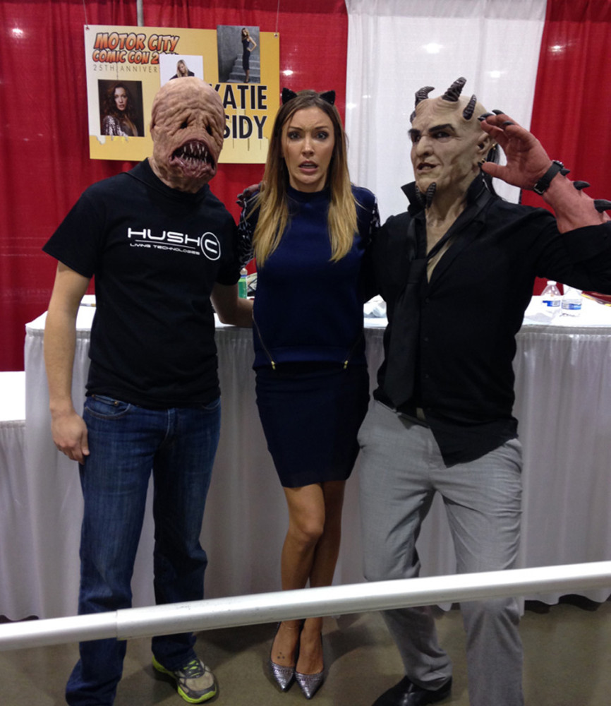 Katie Cassidy from Arrow poses with the guys from Hush